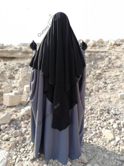 Abaya Bint.a by Oummi Abi Moi Gris dos profil 1