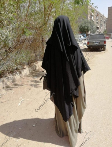 Maxi Khimar Bint.a Noir & Abaya Saoudienne Olive
