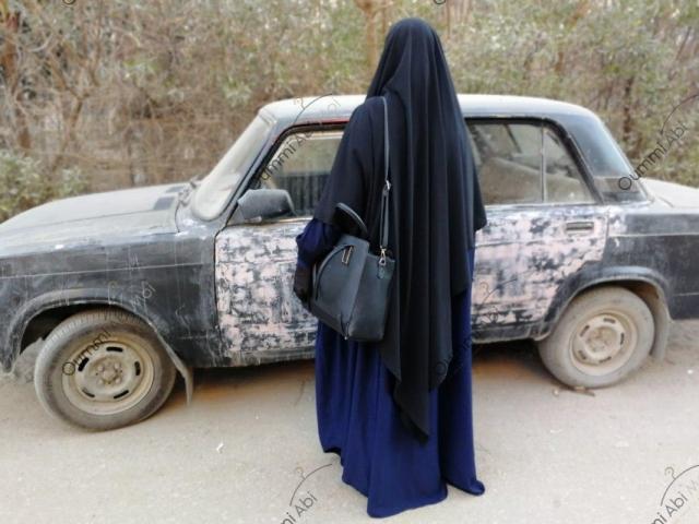 Maxi Khimar Bint.a Noir & Abaya Saoudienne Bleu